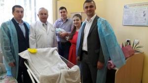 Заместитель Министра юстиции Украины Сергей Петухов посетил акушерское отделение больницы Тропиных